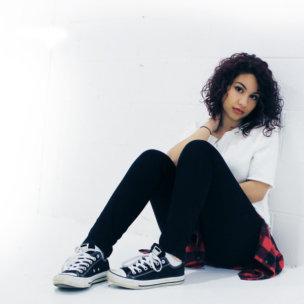 Alessia Cara biography