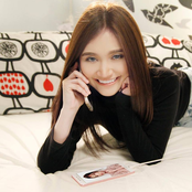 Ayda Jebat lyrics